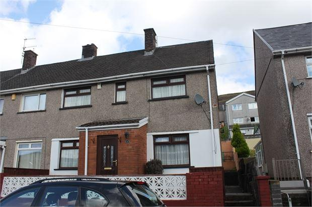 3 Bedrooms Semi Detached House for sale in Davies Close, Trealaw, Trealaw, Rhondda Cynon Taff. CF40 2UJ