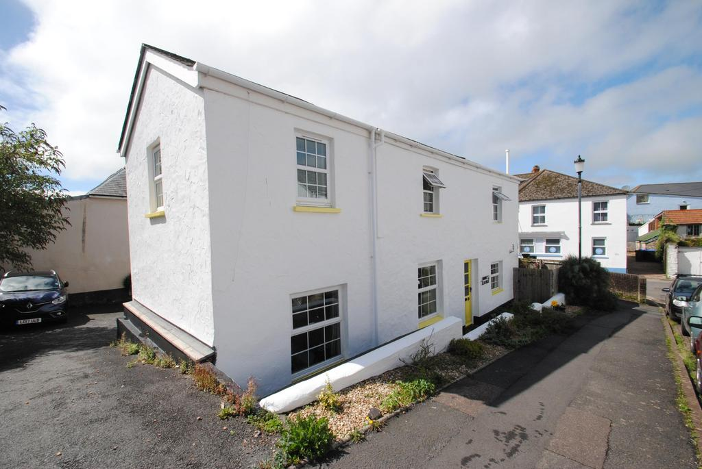 2 Bedrooms Semi Detached House for sale in Dyers Close, Braunton