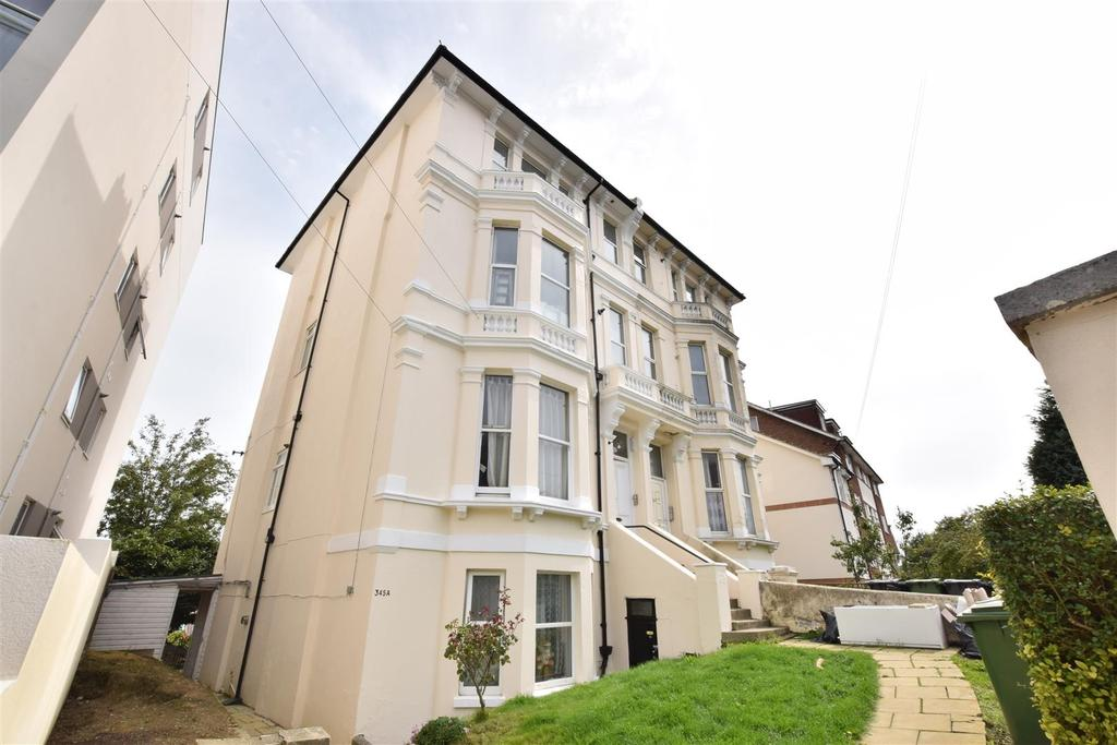 2 Bedrooms Apartment Flat for sale in London Road, St. Leonards-On-Sea