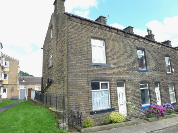 3 Bedrooms End Of Terrace House for sale in King Street Calderdale