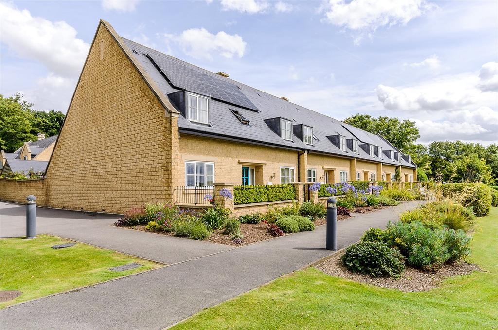 4 Bedrooms Mews House for sale in Widmerpool Park, Keyworth Road, Widmerpool, Nottingham, NG12