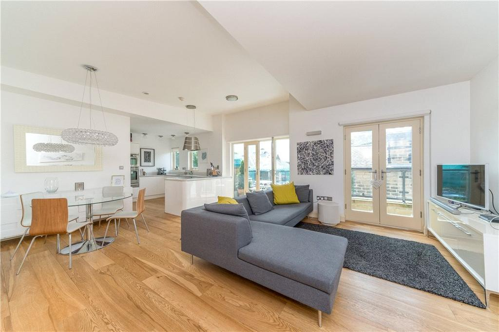 2 Bedrooms Flat for sale in Apartment 9, Victoria Avenue, Harrogate, North Yorkshire, HG1