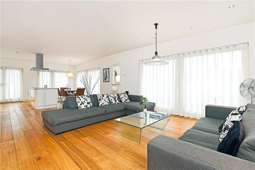 2 Bedrooms Flat for sale in Apartment 8, Victoria Avenue, Harrogate, North Yorkshire, HG1