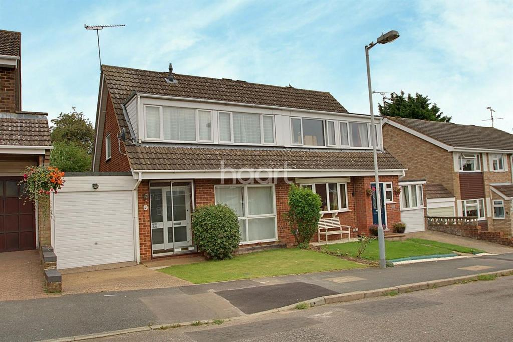 3 Bedrooms Semi Detached House for sale in Loving Family Life In Leyhill Drive