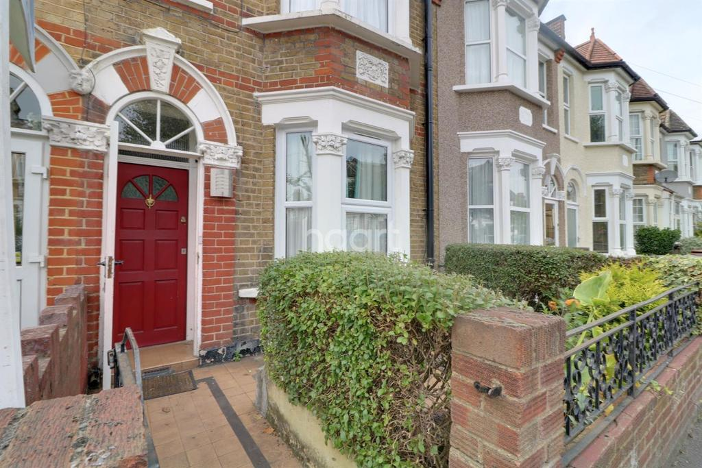 3 Bedrooms Terraced House for sale in Somerset Road, Walthamstow