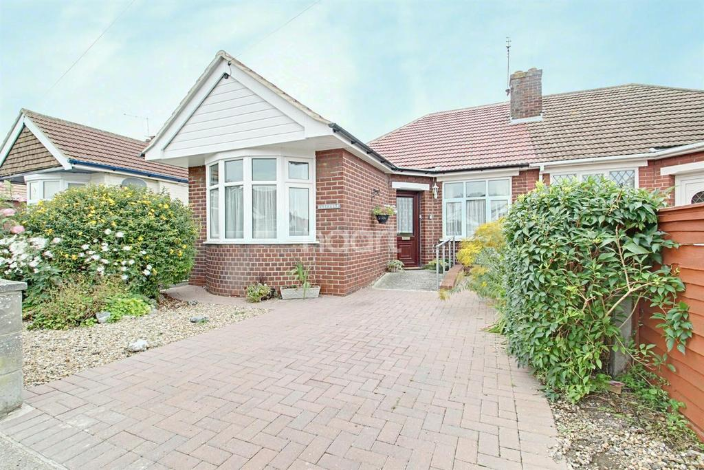 3 Bedrooms Bungalow for sale in Marrose Avenue, Ramsgate, CT10