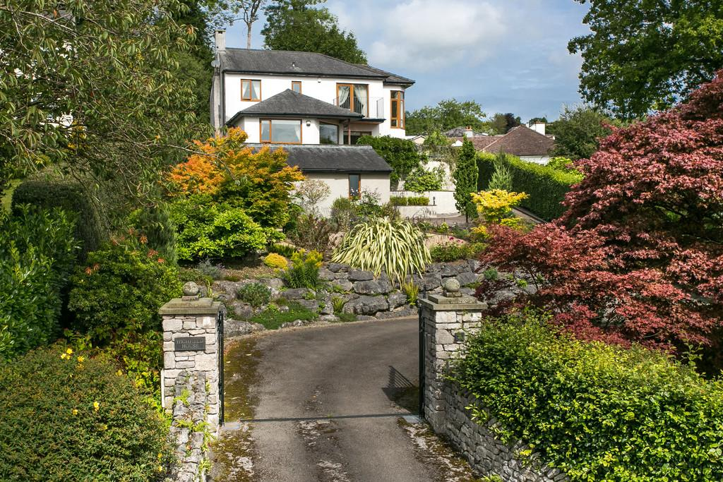 4 Bedrooms Detached House for sale in Highfield House, 22 Highfield Road, Grange-Over-Sands, Cumbria, LA11 7JB