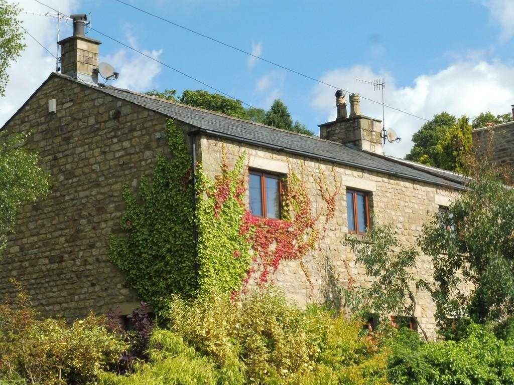 4 Bedrooms Barn Conversion Character Property for sale in Penryn Barn, Carnforth