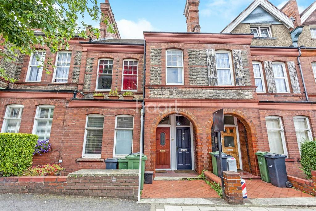 1 Bedroom Flat for sale in Barcombe Avenue, Streatham Hill, SW2