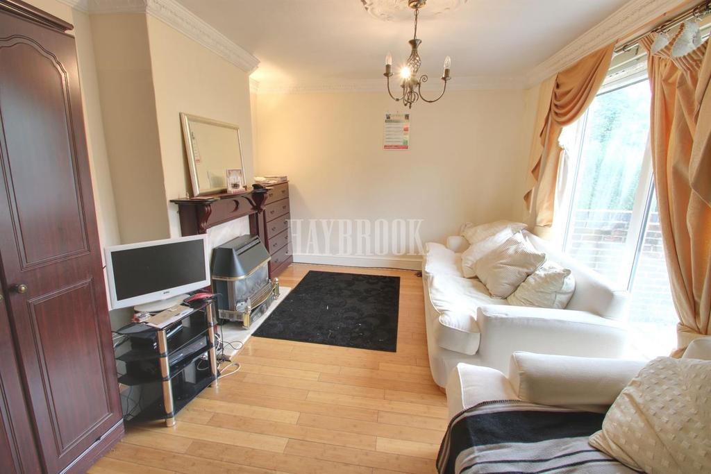 2 Bedrooms Terraced House for sale in Greenwood Avenue, Littledale, S9