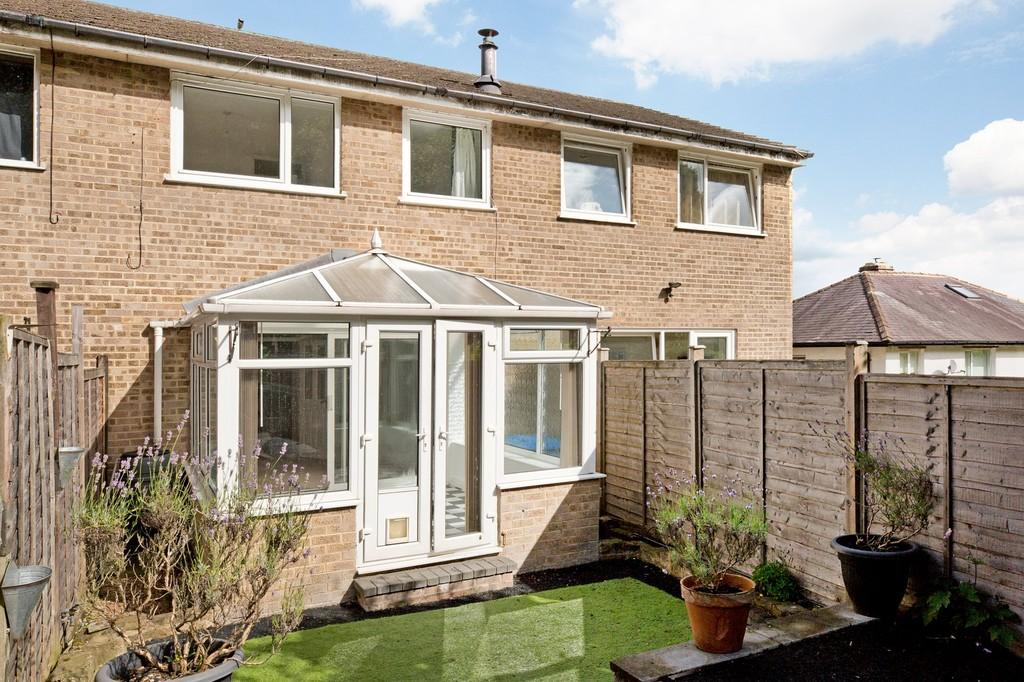 3 Bedrooms Town House for sale in Bradford Road, Otley
