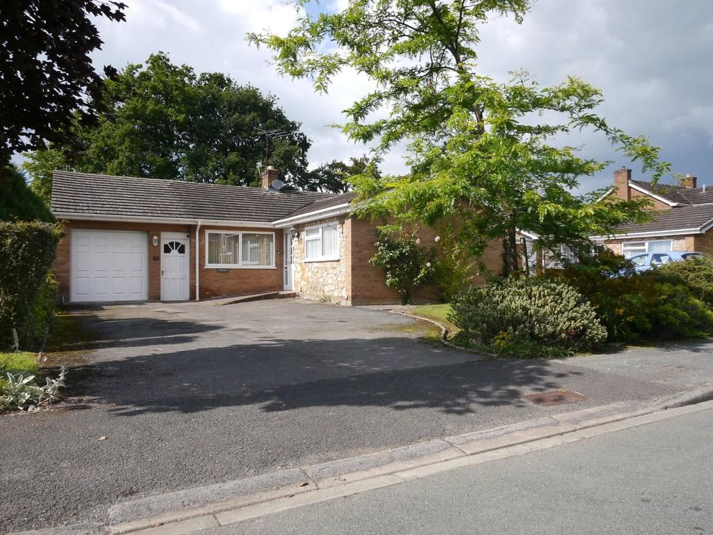 3 Bedrooms Detached Bungalow for sale in Corvida , 36 Rookery Drive, Tattenhall