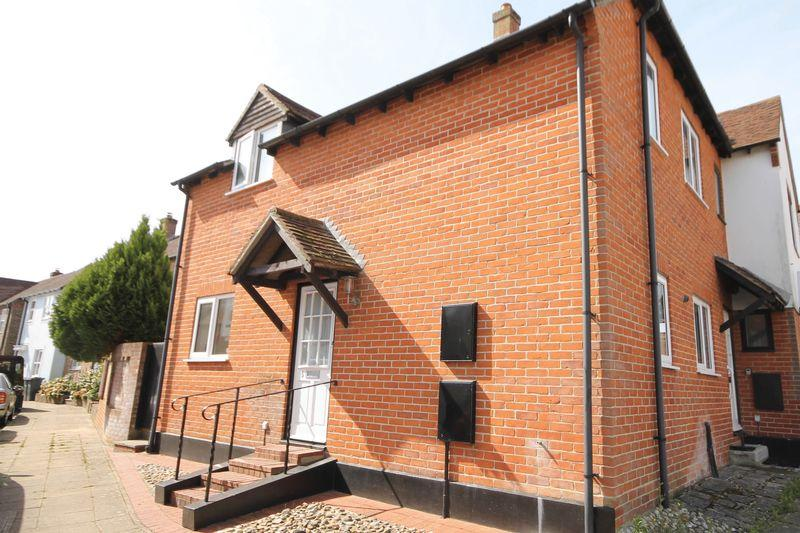 2 Bedrooms House for sale in Frankland Terrace, Emsworth