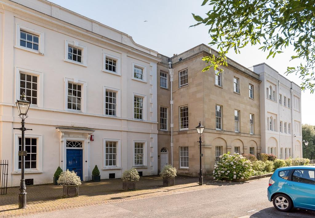 3 Bedrooms Apartment Flat for sale in Cornwallis Grove, Clifton, Bristol, BS8