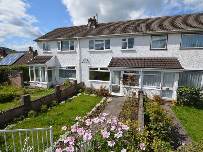 3 Bedrooms Terraced House for sale in Hereford Road, Abergavenny