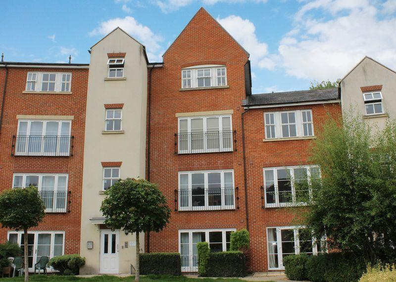 2 Bedrooms Apartment Flat for sale in Kings Wharf, Wantage