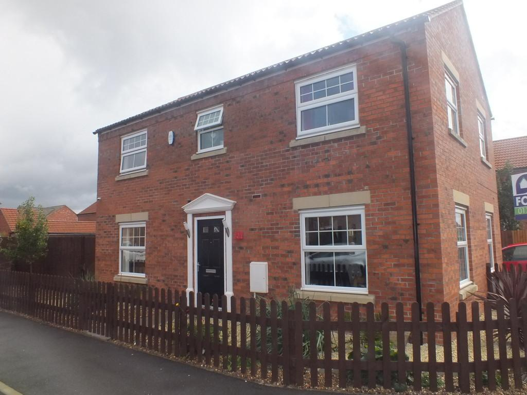 4 Bedrooms Detached House for sale in Nile Drive, Spalding