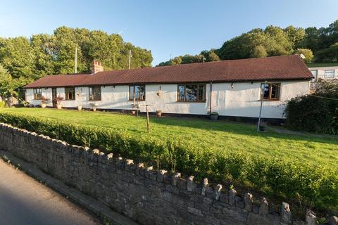 5 bedroom cottage for sale - Hiraddug Road, Dyserth