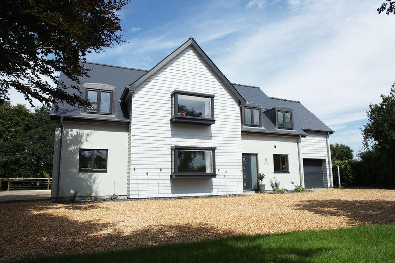 5 Bedrooms Detached House for sale in Sapiston, Bury St. Edmunds