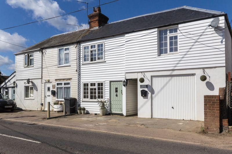 3 Bedrooms Terraced House for sale in Stone Street, Petham