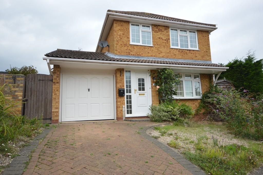 3 Bedrooms Detached House for sale in Lydgate Close, Lawford Dale, Manningtree