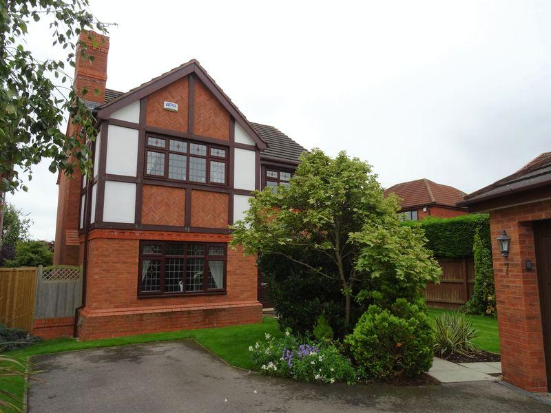 4 Bedrooms Detached House for sale in Abbeydale Close, Wrexham