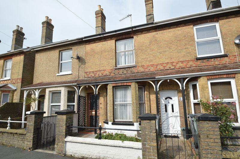 3 Bedrooms Terraced House for sale in East Cowes, PO32 6DD
