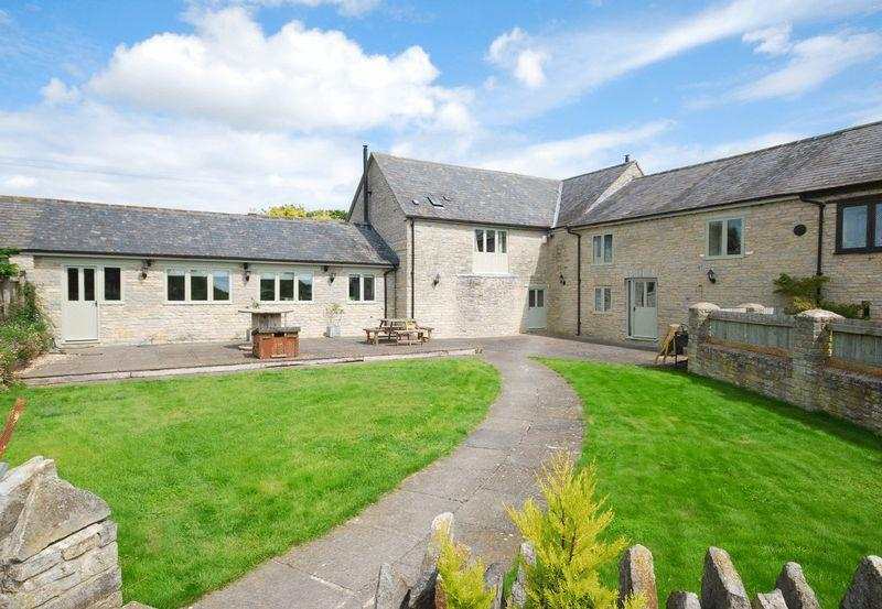 5 Bedrooms Barn Conversion Character Property for sale in Cary Fitzpaine, between Castle Cary and Somerton