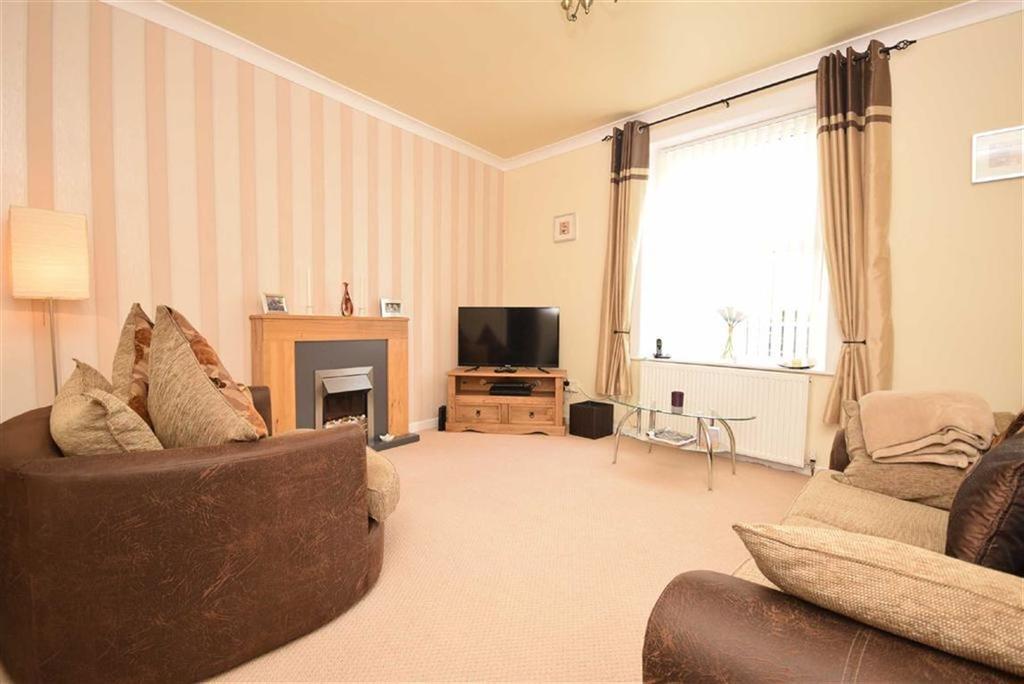 3 Bedrooms Terraced House for sale in Devon Street, Colne