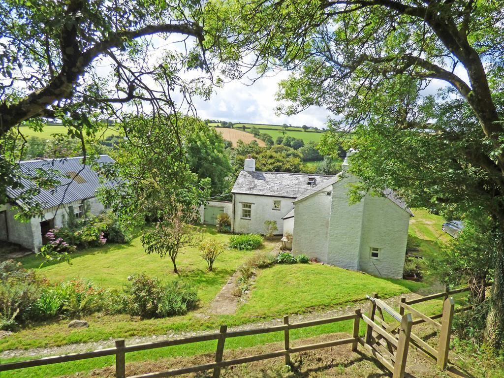 3 Bedrooms Detached House for sale in Broad Parkham, Bideford, Devon, EX39