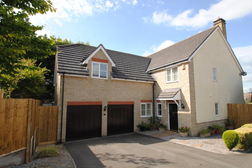 5 Bedrooms Detached House for sale in Woodford Gardens, Barnstaple