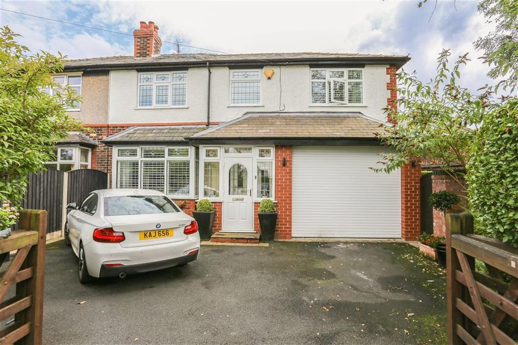 4 Bedrooms Semi Detached House for sale in Greave, Romiley, Cheshire