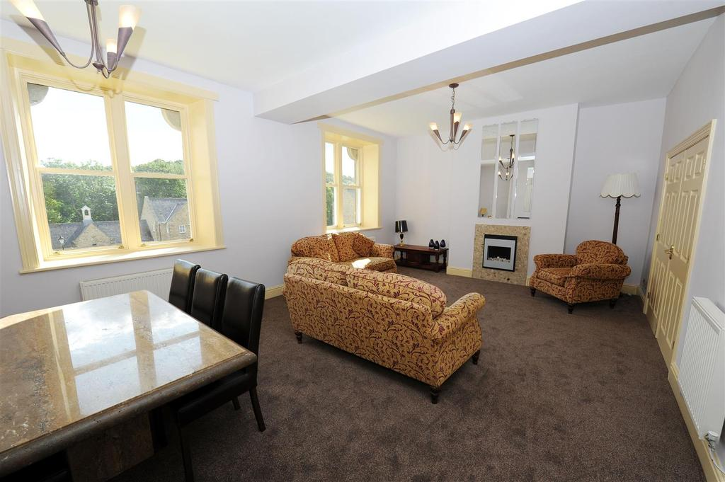 3 Bedrooms Apartment Flat for sale in Reeth Road, Richmond
