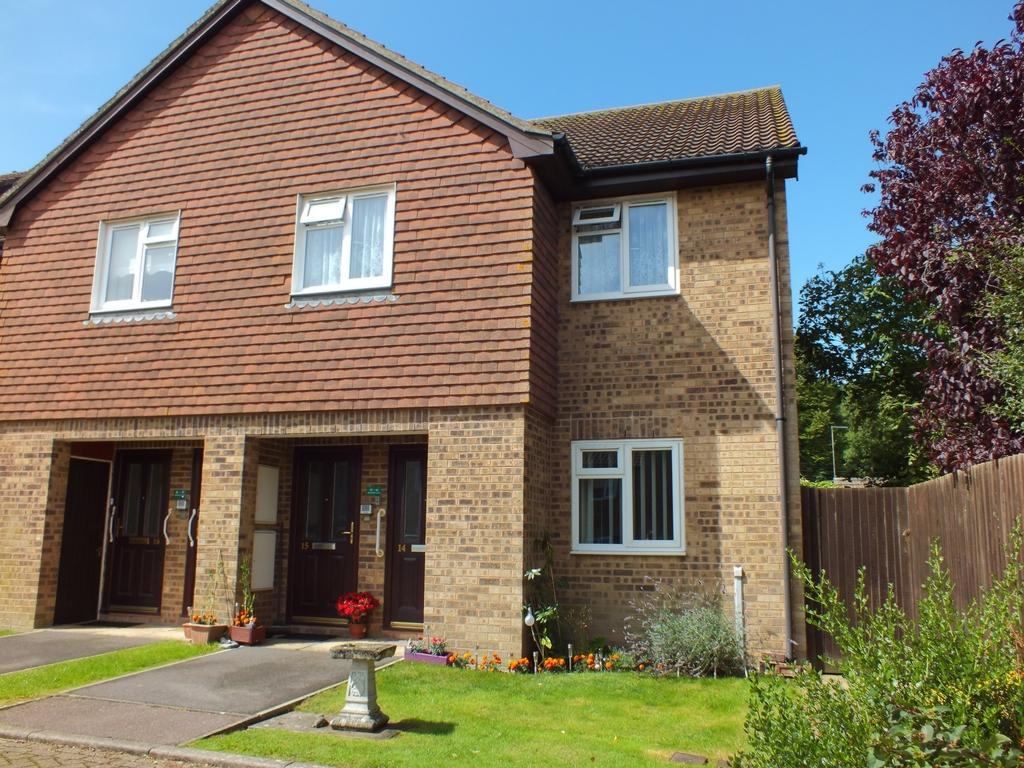 1 Bedroom Retirement Property for sale in Wentworth Close, Lyminge, CT18