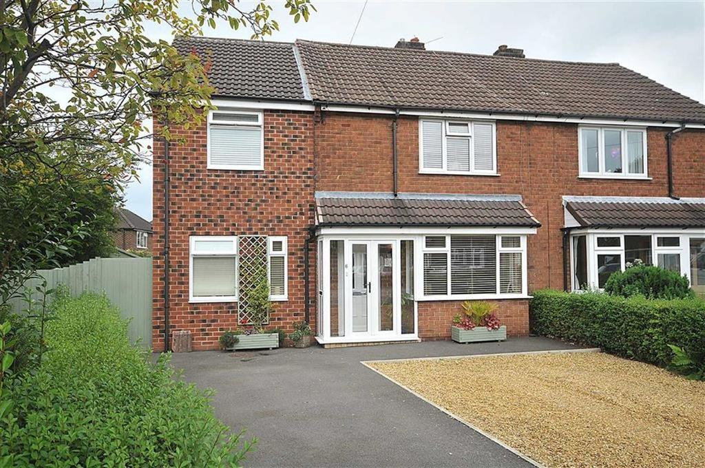 3 Bedrooms Semi Detached House for sale in Hill View, Bollington, Macclesfield