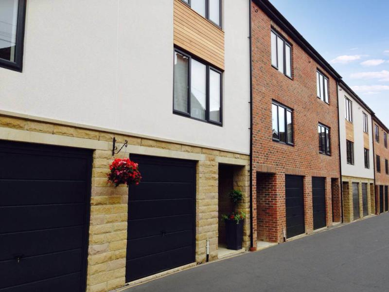 4 Bedrooms Mews House for sale in PLOT 4, ROOF TOP GARDENS, HARROGATE HG1 5BZ
