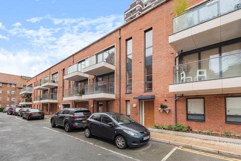 1 bedroom flat for sale - Piper Court, Lomond Grove, Camberwell