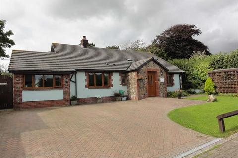 4 bedroom bungalow for sale - Marshalls Mead, Beaford, Winkleigh, Devon, EX19