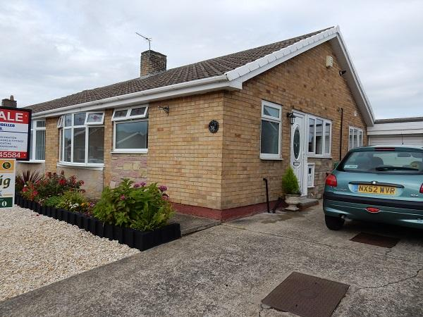 2 Bedrooms Semi Detached Bungalow for sale in Sycamore Road, Stockton on Tees TS19