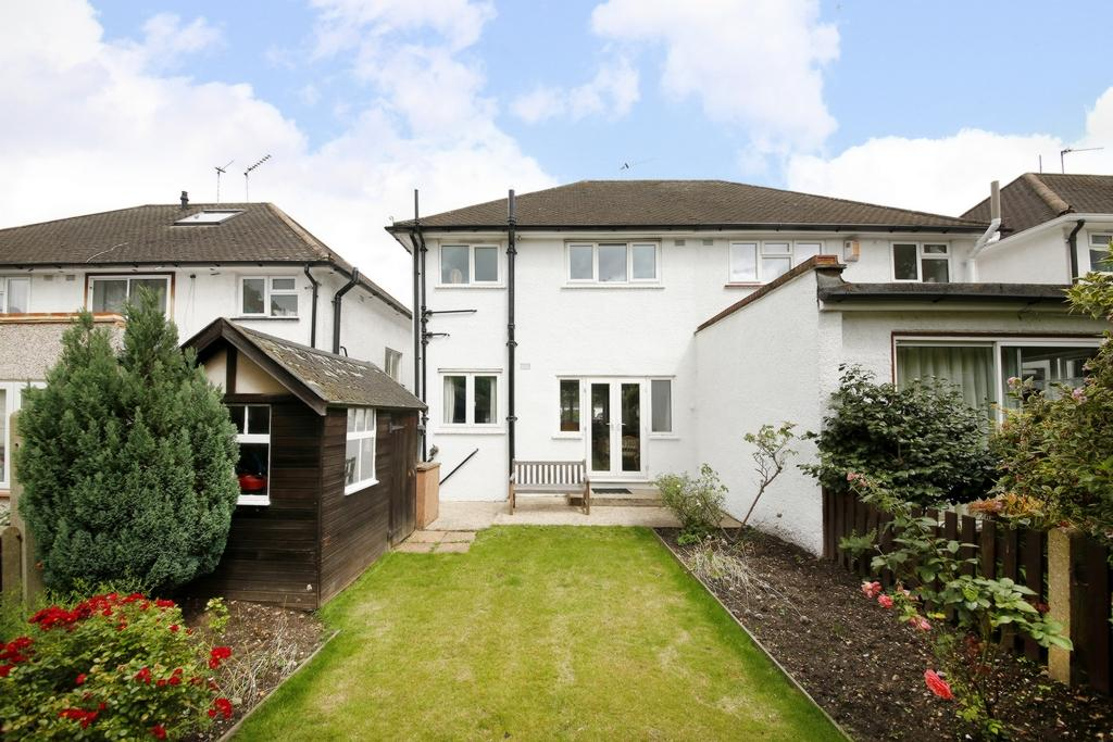 3 Bedrooms House for sale in Maldon Close, Camberwell, SE5