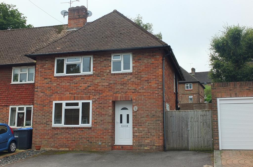 3 Bedrooms House for sale in Washington Road, Haywards Heath, RH16