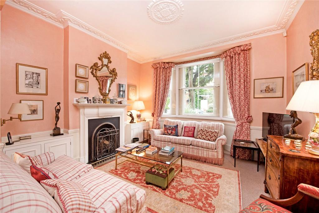 3 Bedrooms Terraced House for sale in Henning Street, Battersea, London, SW11
