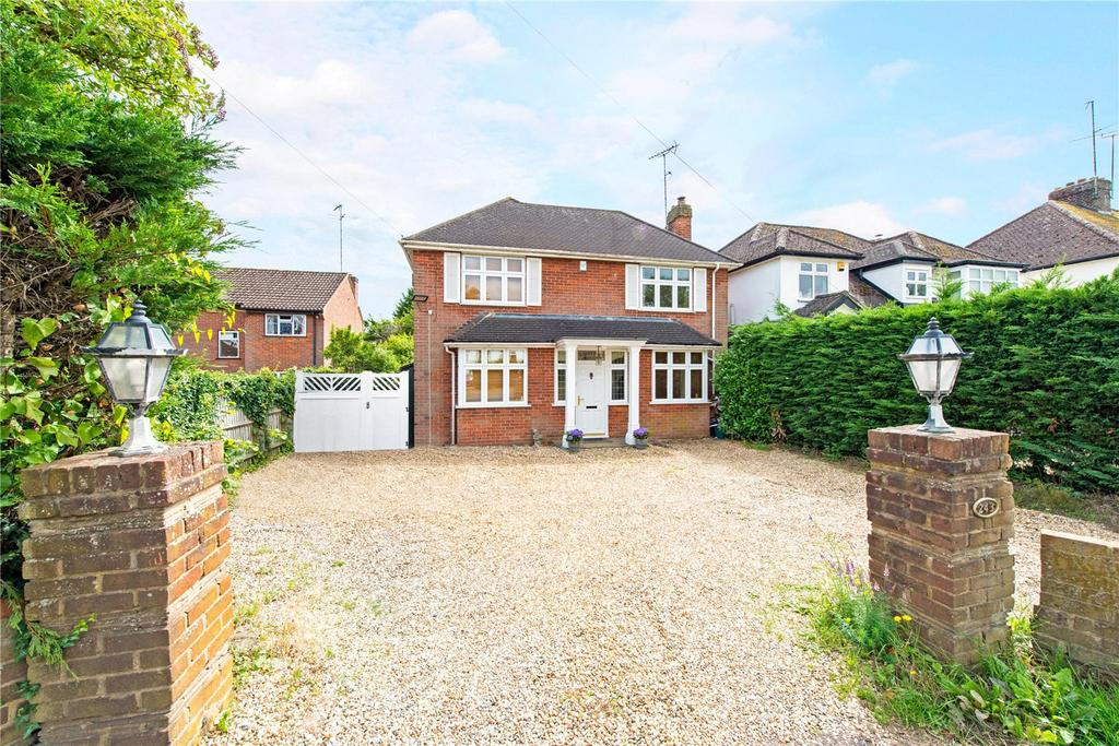4 Bedrooms Detached House for sale in Lower Luton Road, Wheathampstead, St. Albans, Hertfordshire, AL4