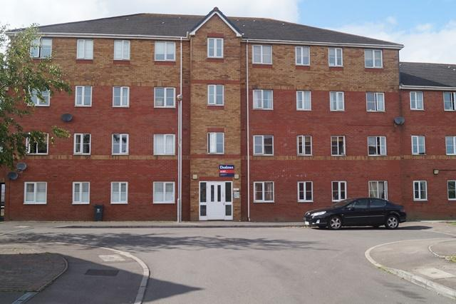 2 Bedrooms Flat for sale in Glan Rhymni, Pengam Green, Pengam Green, Cardiff CF24