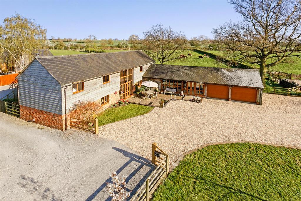 4 Bedrooms Detached House for sale in Mursley Road, Little Horwood, Milton Keynes