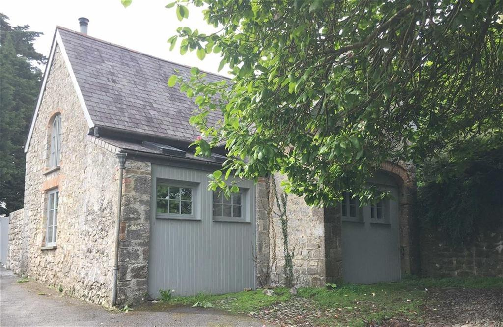 2 Bedrooms House for sale in The Coach House, St Mary's Hill, Tenby, Pembrokeshire, SA70