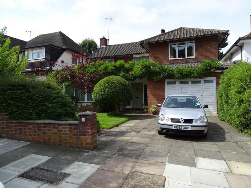 4 Bedrooms House for sale in Birkdale Road, Ealing