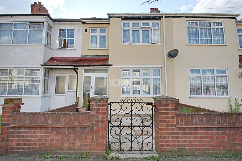 4 Bedrooms Terraced House for sale in Ross Avenue, Dagenham