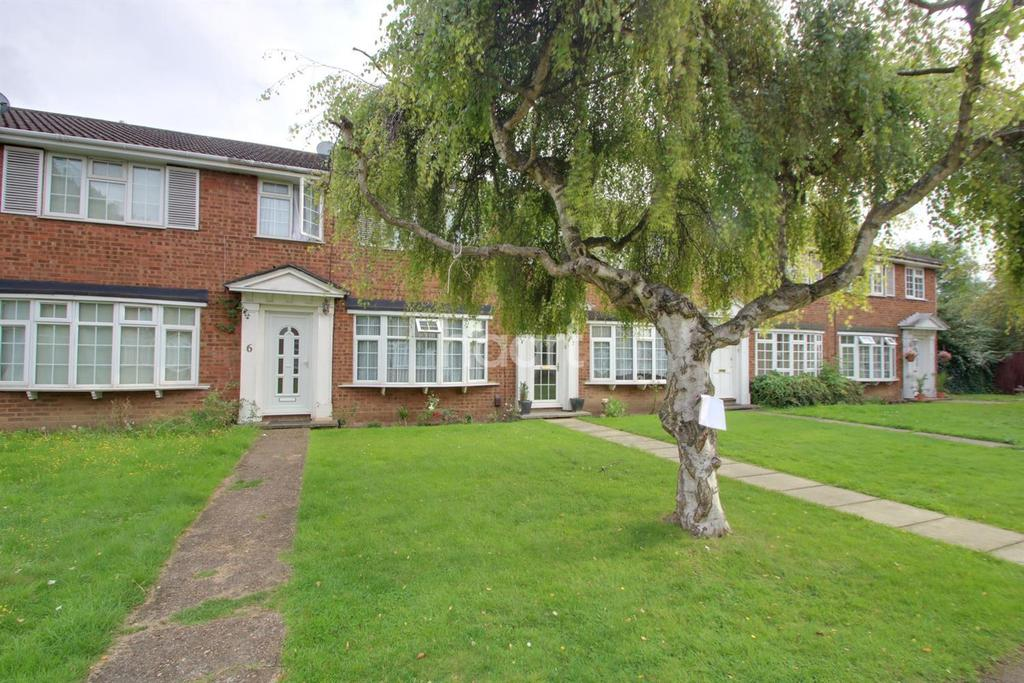 3 Bedrooms Terraced House for sale in Bideford Gardens