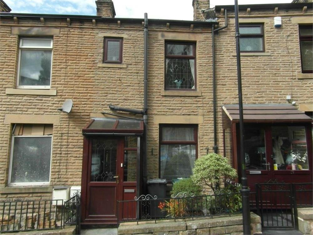2 Bedrooms Terraced House for sale in Oxford Terrace, BATLEY, West Yorkshire